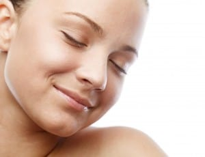 רטינואידים לטיפול בעור הפנים ואקנה